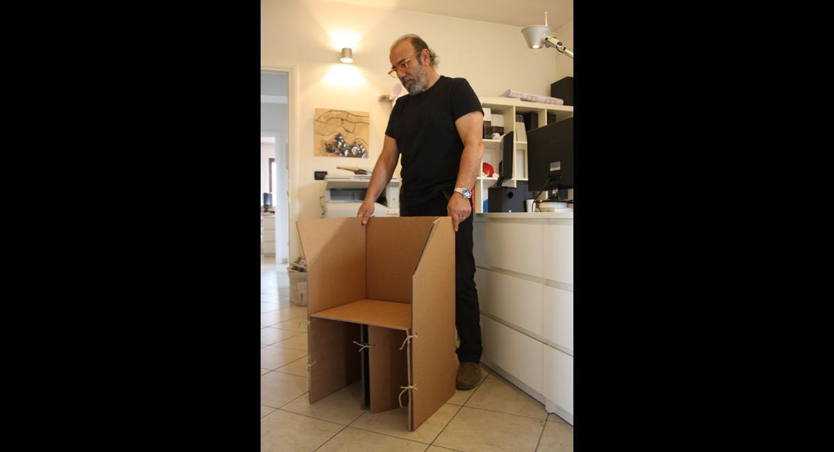 Cardboard Armchair - EKOPLAN Architetture